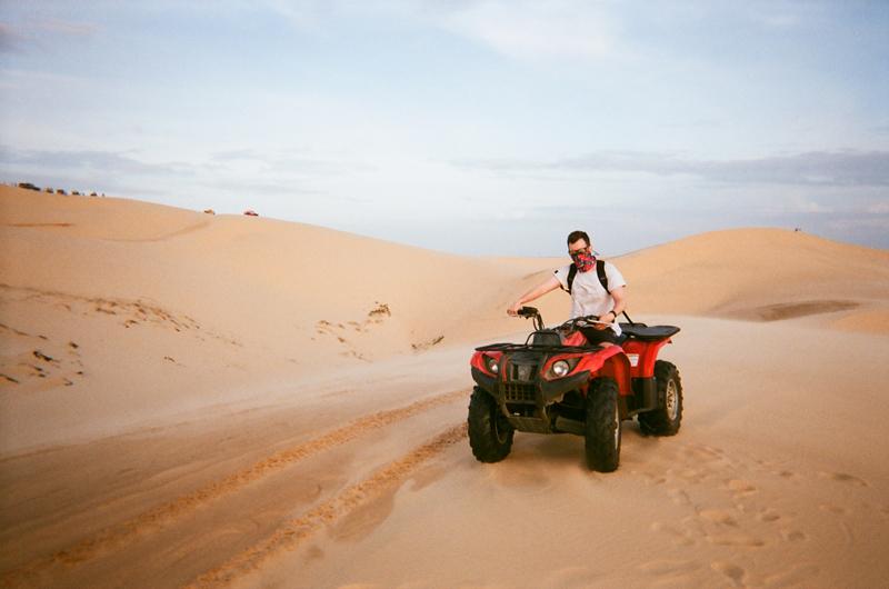 Катание на дюнах во Вьетнаме