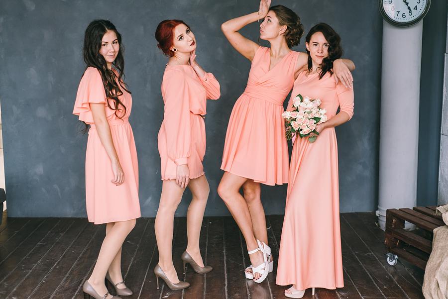 подружки невесты в одинаковом